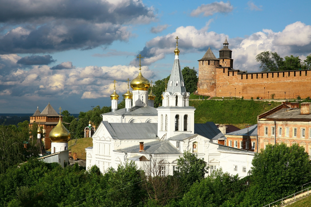 http://tourglobus.ru/tour-category/mnogodnevnye-tury/velikij-novgorod/